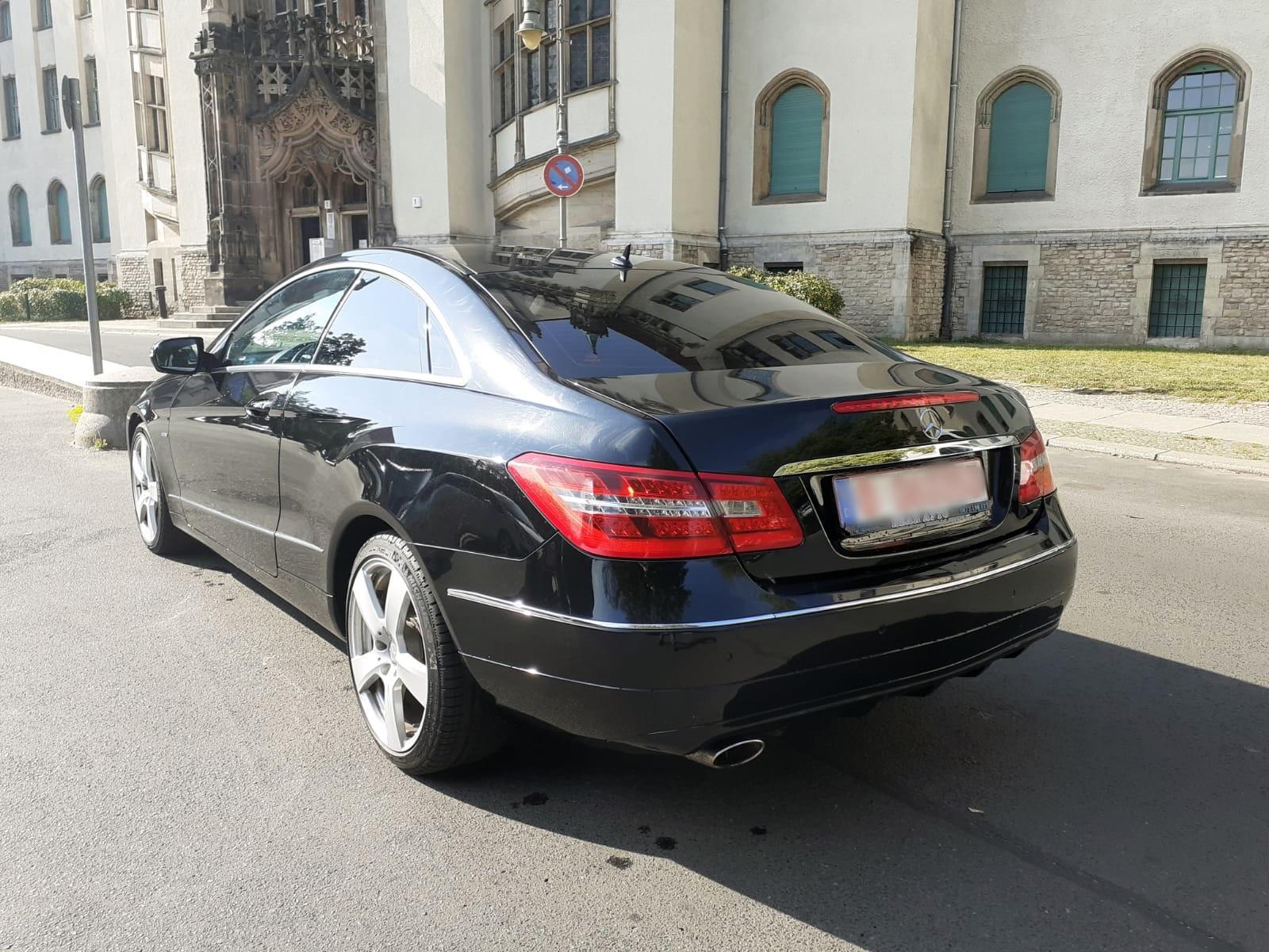 A&A Autopfandleihhaus 5816 E250 7
