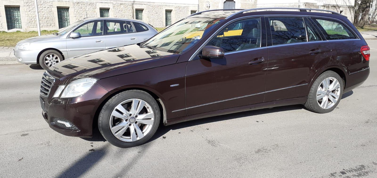 A&A Autopfandleihhaus 5911E350CDI 11